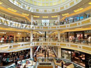 Euroma 2 il centro commerciale nella zona sud di Roma