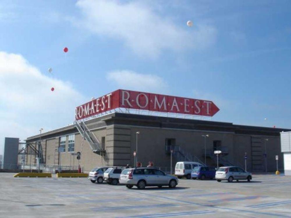 Centro commerciale roma est negozi orari di apertura e for Arredamento roma est