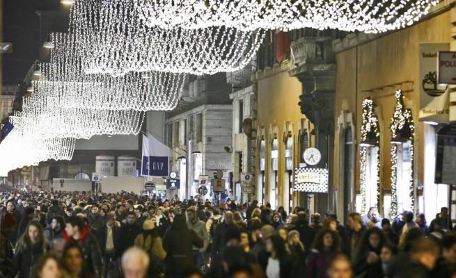 8 dicembre 2018 negozi aperti Roma