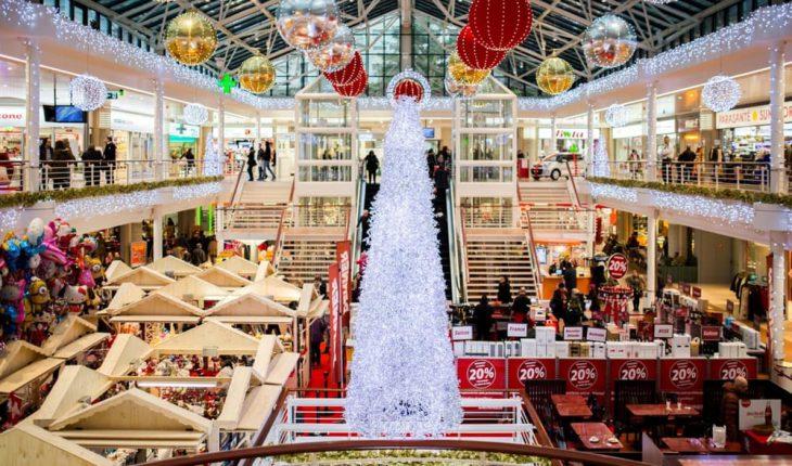 Natale 2018 negozi aperti Roma