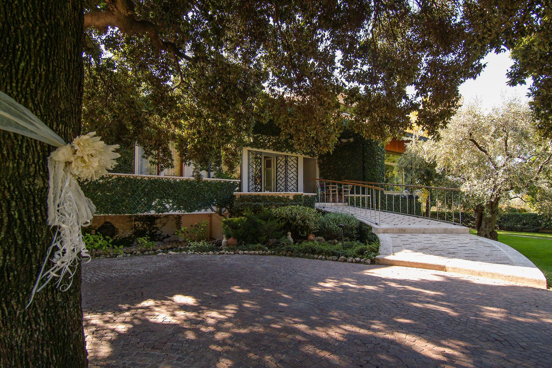 Tivoli Villa Muir