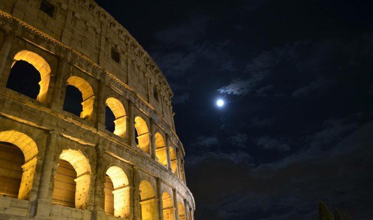 La Luna sul Colosseo, il sogno del gladiatore